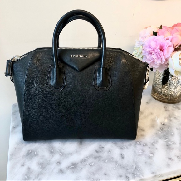 0d1e651a43 Givenchy Handbags - Givenchy Medium Antigona Black Goatskin Silver